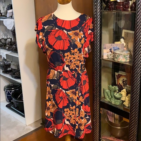 LOFT Dresses & Skirts - 🔥2 for $20 Loft Beautiful Red and Navy Dress MP